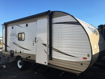 19' Forest River Wildwood XLite