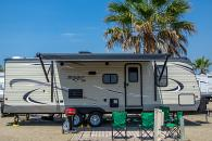 RV Rental 30' bunkhouse sleeps 6-8