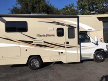 Perfect Clean RV for You!
