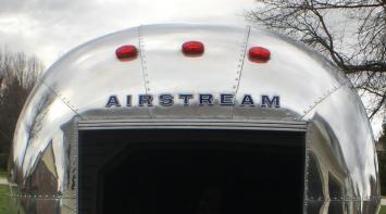 Vintage 1966 Airstream- Glamping