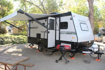 Light Trailer 2019 Coachmen Viking Ultra-Lite Great for getaways!