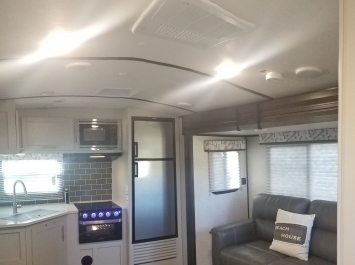 Hook It Up RV Rentals