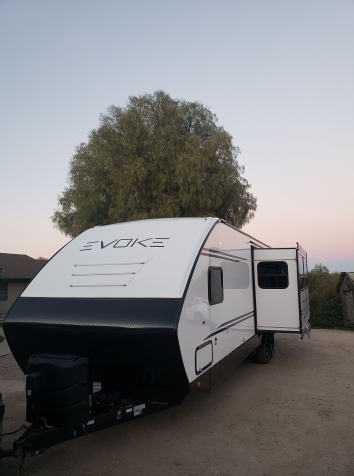 2020 Luxury Travel Trailer Delivered Anywhere on the Central Coast