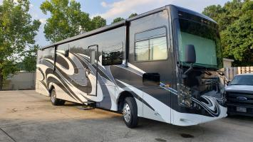 Sportscoach 366BH - Luxury diesel that sleeps up to 10!