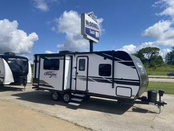couples, travel trailer, tow, grand design, imagine, 22rbe