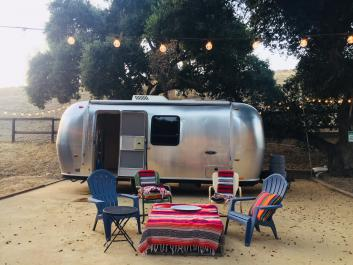 Nice 22 ft Airstream safari sport