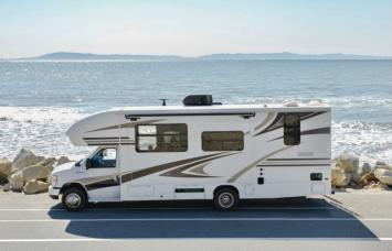 Fully Loaded 2019 Entegra Odyssey 25ft