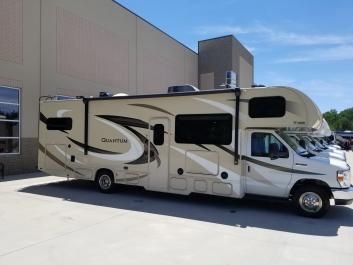 Lake Lanier RV Rental, Class C, Interior Storage Galore, Sleeps 7