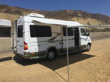 RV Rental Pasadena and So Cal Beach