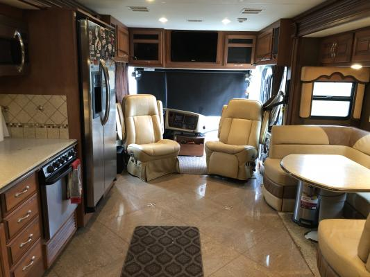 2013 - Fleetwood - Discovery 40G - Tampa