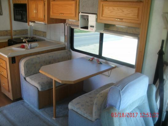 2003 - Winnebago - Brave - Oceanside