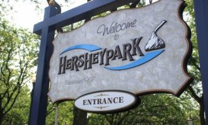 Hershey Park sign