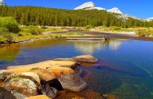 lake and mountains at Yosemite National Park